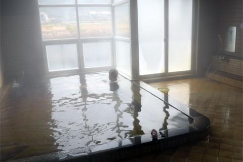 入浴でツルツルになる温泉!